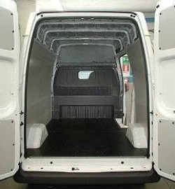 01Lining loading bay Ford Transit